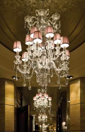新古典风格华丽灯具装修案例
