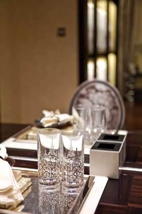 新古典风格餐桌布置