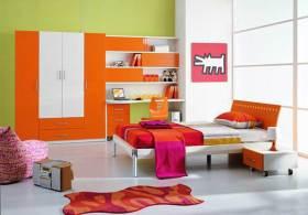 现代简洁清新卧室装修