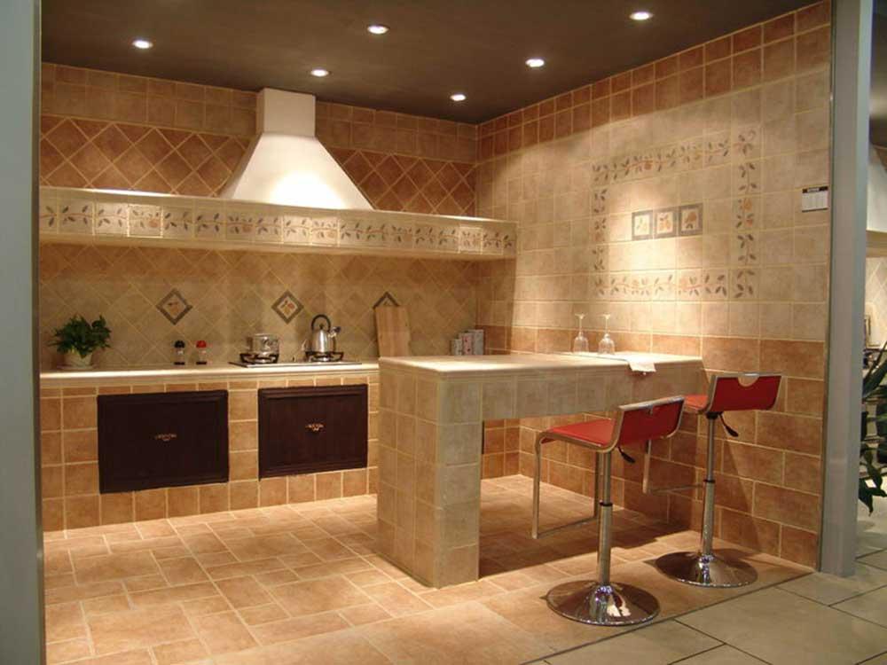 温馨欧式现代厨房吧台布置欣赏