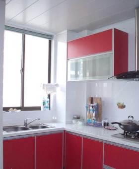 现代简洁时尚厨房装潢