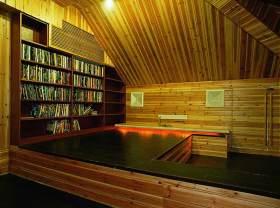 原木风情现代风格阁楼设计