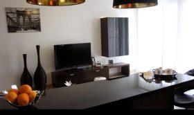 黑色现代风格吧台设计