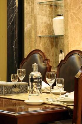 美式特色餐厅布置展示