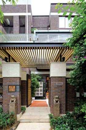 清新雅致东南亚风格别墅门厅设计