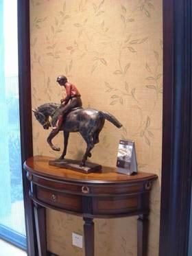 2016大气美式骑士雕塑设计