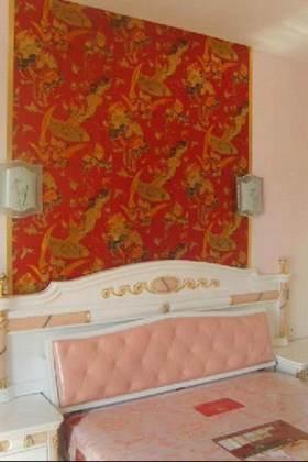 精美古典东南亚卧室背景墙装修