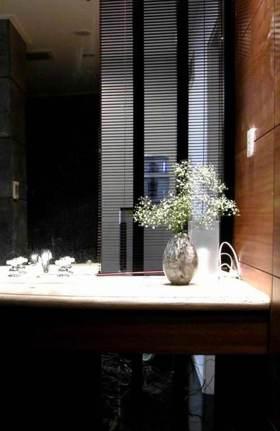 精致现代风格卫生间装饰品设计欣赏