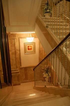 时尚华丽简欧风格楼梯设计