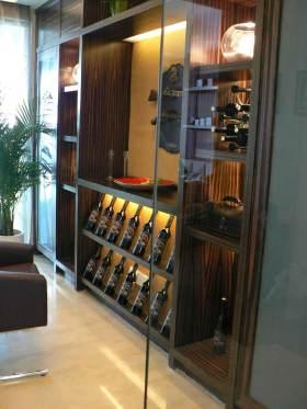 雅致奢华时尚现代风格酒柜设计展示