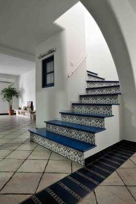 精致花纹简欧风格楼梯设计美图