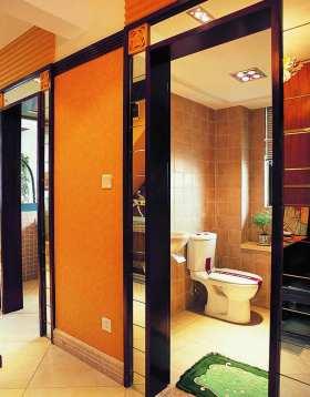 现代简洁卫生间装修效果图