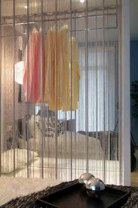 现代质感衣柜装修案例欣赏