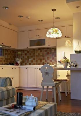 田园厨房吧台装修设计