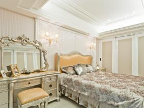 新古典温馨卧室装修效果图