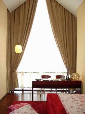 中式卧室窗帘装饰效果图