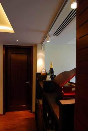 中式小型酒柜装修设计