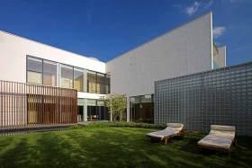 简约风格别墅花园装修案例