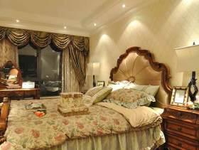 2015美式卧室浪漫装潢图片