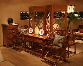中式玄关精致装饰设计