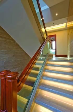 中式简约设计楼梯装潢效果图
