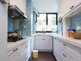 清新简约厨房装潢设计