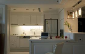 新古典厨房白色实用吧台设计