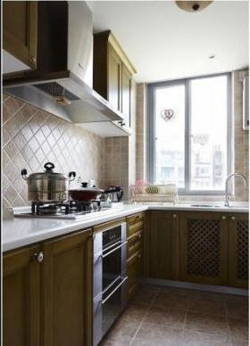 新古典原木色厨房装修