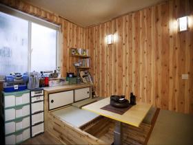 现代原木餐厅设计布局