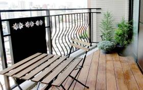 2016现代简易阳台装修效果图
