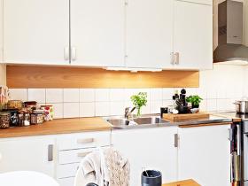 雅致原木开放式厨房设计