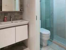 简约风格浴室柜装修案例