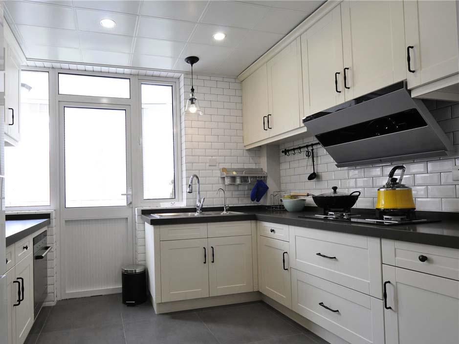 北欧简约厨房装修设计图