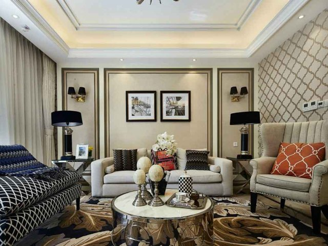 格局相对较为对称,可以让客厅看上去更气派。