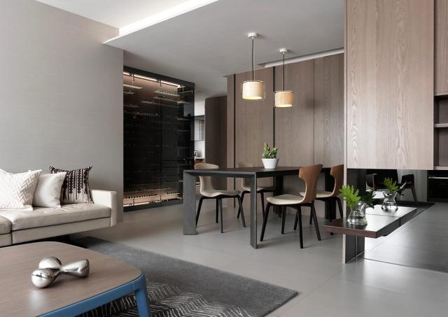 成套的餐桌椅是调整整个居家风格的重要一笔。