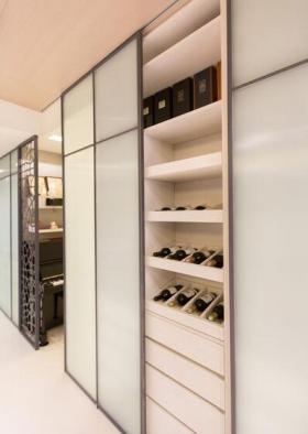 现代风格家装大气酒柜设计