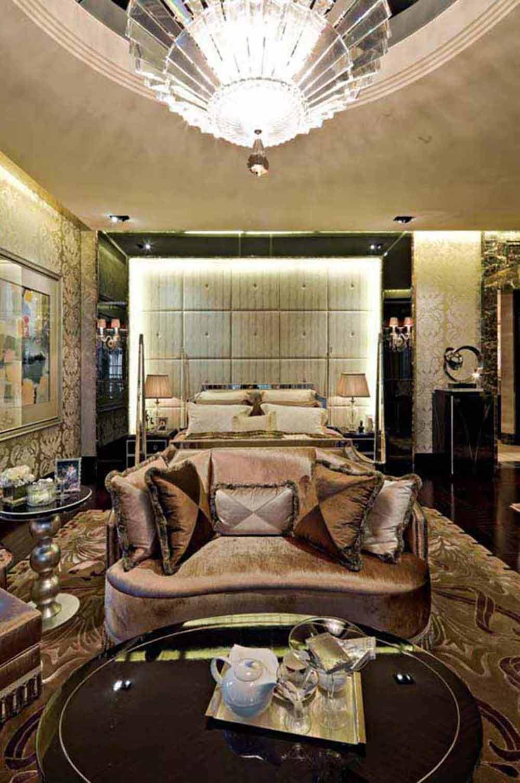2016欧式华美别墅装修效果图大全  主卧床头主墙以黑色大理石砖铺贴成