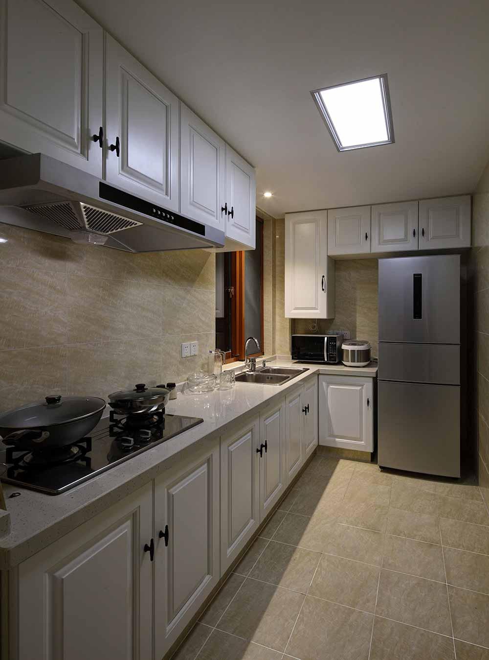 2016新古典简洁厨房装修效果图