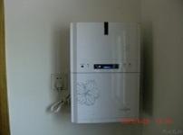 管线饮水机图片