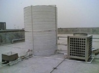 空气源热水器图片