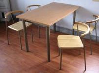 餐厅桌椅图片