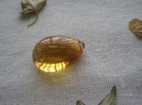 黄水晶图片