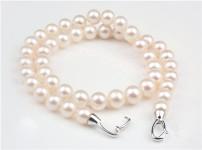 珍珠项链图片