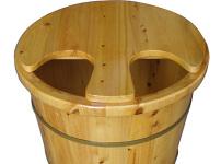 泡脚木桶图片