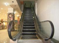 扶手电梯图片