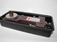 液压式闭门器图片