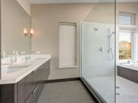 科勒淋浴房图片