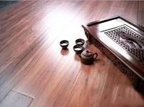木地板打蜡图片