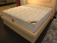 普通床垫图片