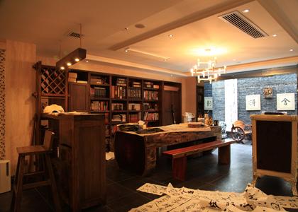 地下室书房